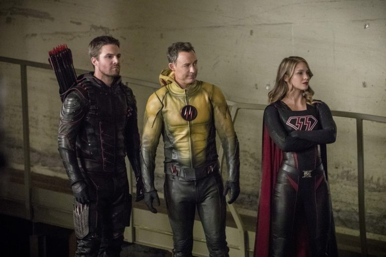 "First two hours of ""Crisis on Earth-X"" a powerhouse CW DC TV crossover"
