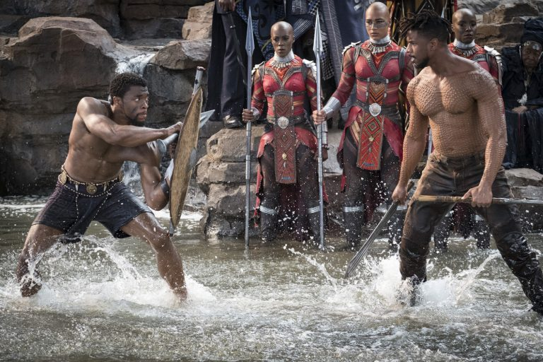 Marvel Studios' BLACK PANTHER..L to R: T'Challa/Black Panther (Chadwick Boseman) and Erik Killmonger (Michael B. Jordan)..Photo: Matt Kennedy. ©Marvel Studios 2018